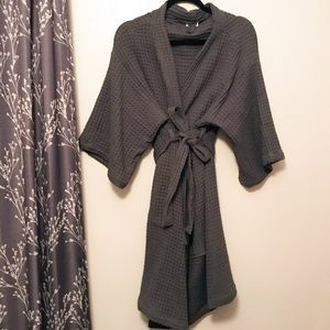 Bathen waffle bathrobe in charcoal for causebox